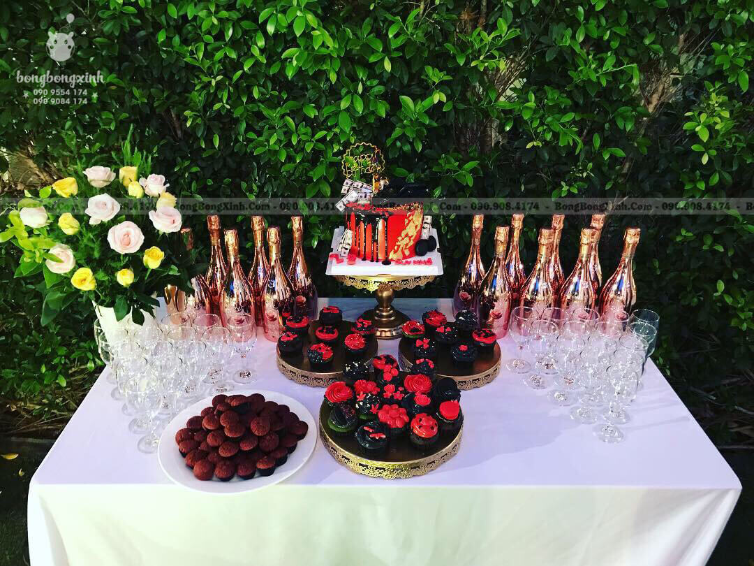 Dịch vụ trang trí tiệc sinh nhật lãng mạn cho người yêu