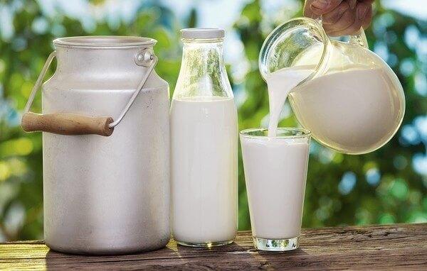 Mẹo làm sữa tươi thơm ngon đúng cách không bị đông dễ dàng tại nhà