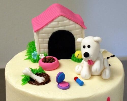 Bánh kem sinh nhật tuổi chó