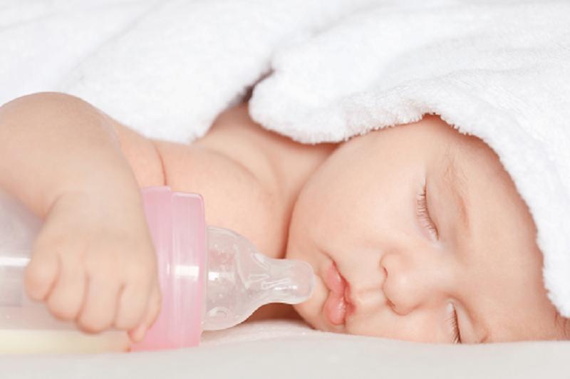 Cách cai sữa tự nhiên cho trẻ đúng cách