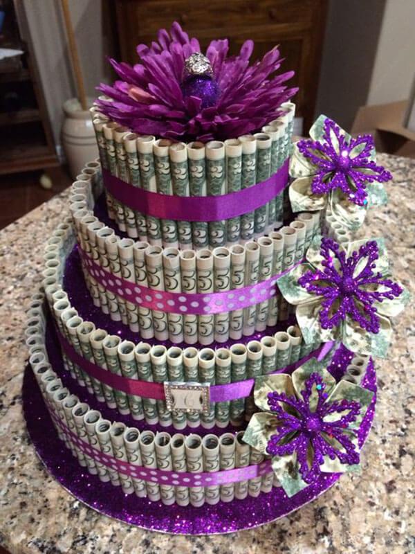 Bánh sinh nhật tiền