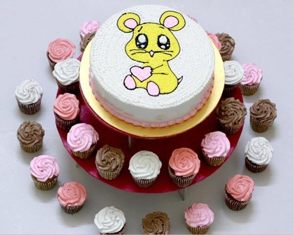 Bánh kem hình con chuột đáng yêu