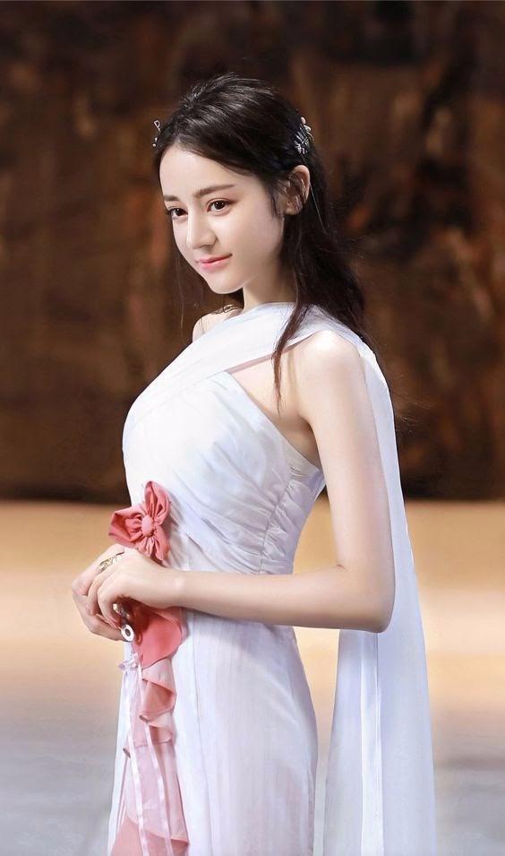 Ảnh nền girl xinh 3D xinh đẹp lộng lẫy như một nàng thiên sứ thánh thiện nhất