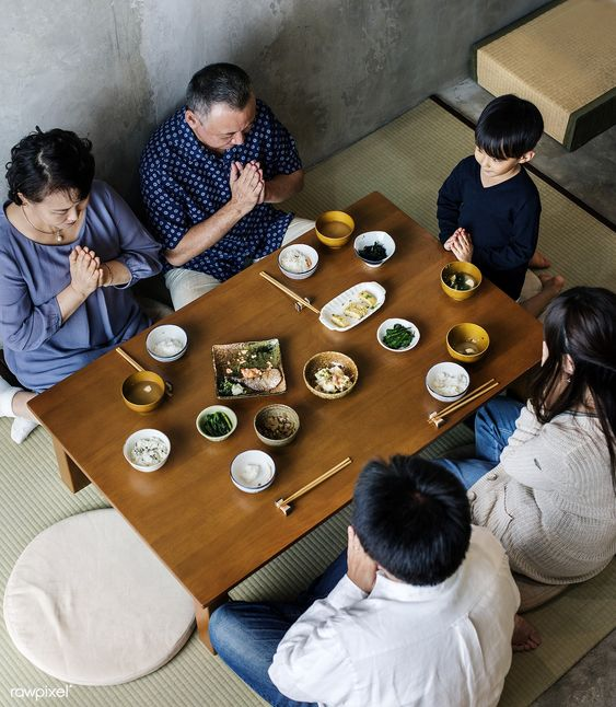 Bữa ăn của người Nhật không có nước uống