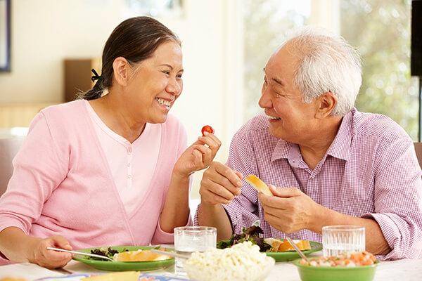 Các thực phẩm chức năng là sự bổ sung số 1 cho người lớn tuổi