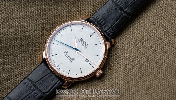 Có thể phân loại đồng hồ dựa trên cách lên dây cót
