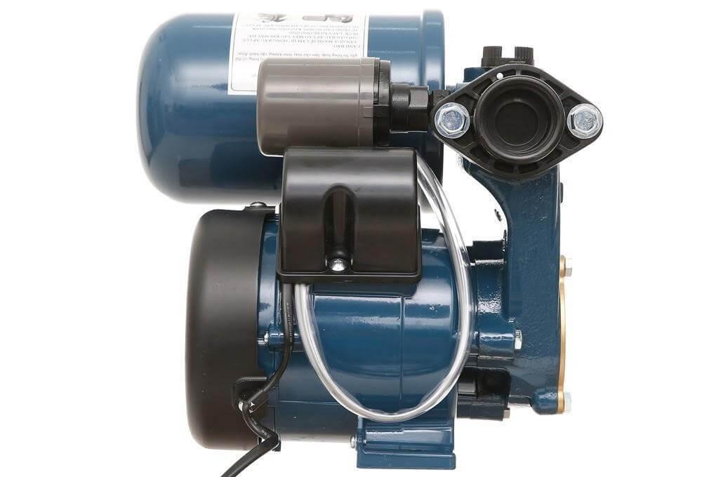 Máy bơm tăng áp Panasonic có khả năng đưa nước lên cao đến 45m, hút nước từ độ sâu 9m