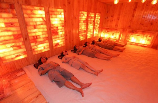 Người Nhật Bản thích tắm xông hơi để giảm cân