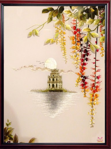 Những bức tranh thêu tay về Hồ Gươm đẹp