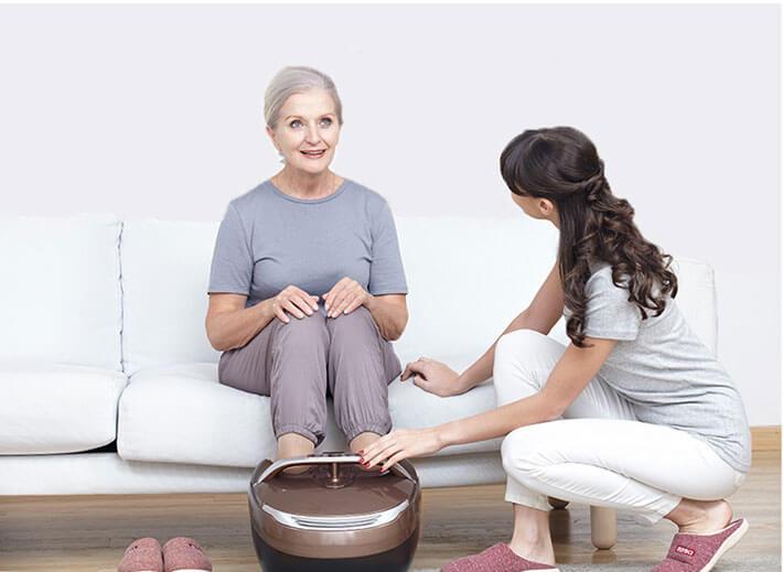 Tặng máy massage cho mẹ nhân dịp ngày 8 tháng 3