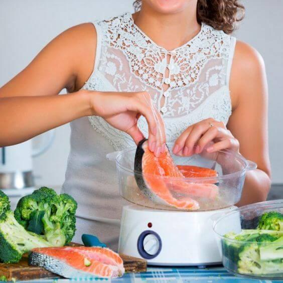 Thực đơn giảm cân trong 1 tuần cho phái đẹp cùng chế độ giảm cân hiệu quả