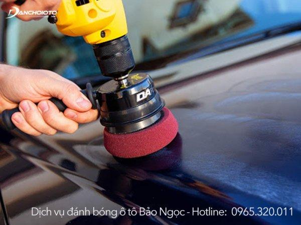 Đánh bóng ô tô giúp xóa vết xước nhỏ và mảnh