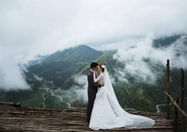 Chụp ảnh cưới ngoại cảnh tại Bản Tả Van - Sapa