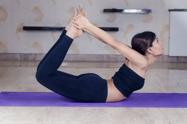 Hướng dẫn bài tập yoga hình cánh cung