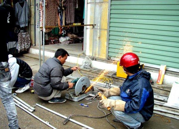 Sửa chữa cửa sắt tại nhà TPHCM