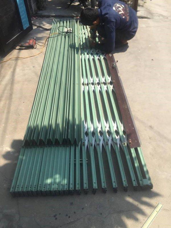 Thợ sửa cửa sắt tại nhà đầy kinh nghiệm và nhanh chóng