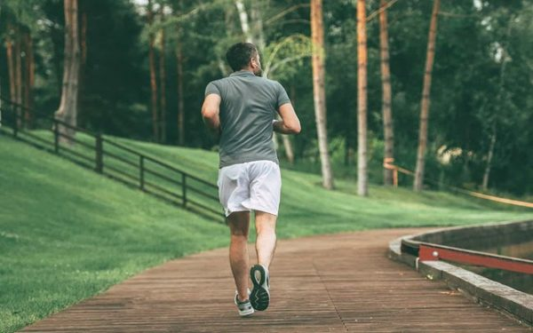 Tập thể thao để duy trì vóc dáng