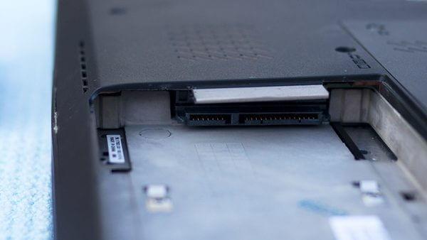 Thay ổ cứng laptop bao nhiêu tiền