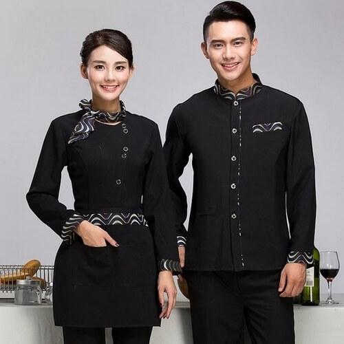Trang phục lễ tân màu đen chủ đạo