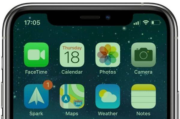 iPhone 11 bị lỗi màn hình xanh