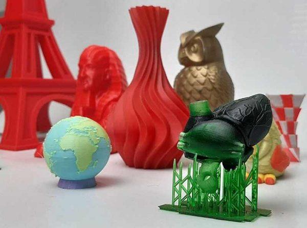 Nhựa là vật liệu phổ biến được dùng cho máy in 3D