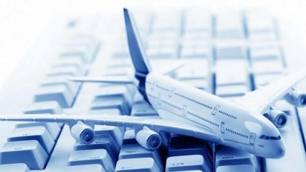 Đặt vé máy bay Tết trực tuyến ngày càng được ưa chuộng