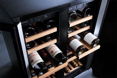 Vì sao nên đặt chai rượu xoay nhãn lên trên?