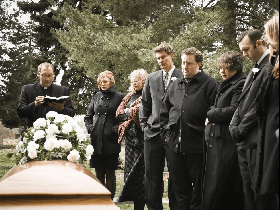 Mơ thấy mình đi dự đám tang của mẹ bạn thân mình chứng tỏ mối quan hệ hai người đang lạnh nhạt