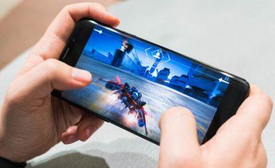 Cách chọn mua điện thoại chơi game Android xịn