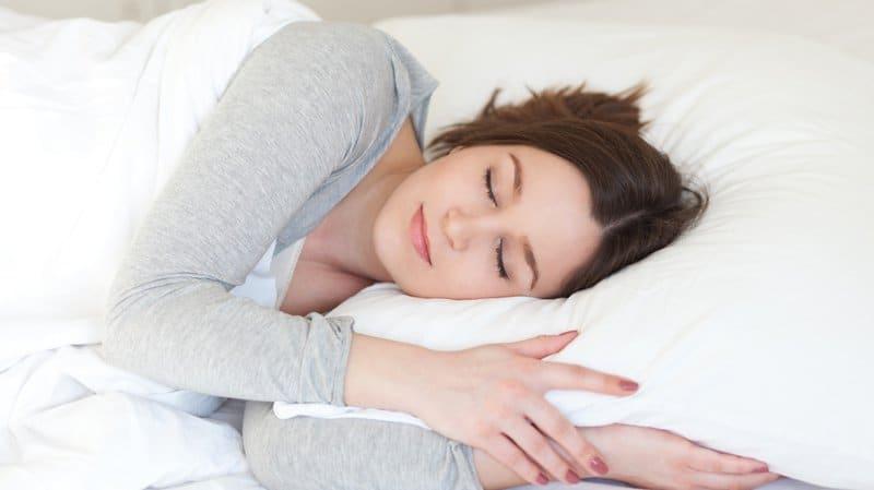 Tự sướng giúp ngủ ngon hơn