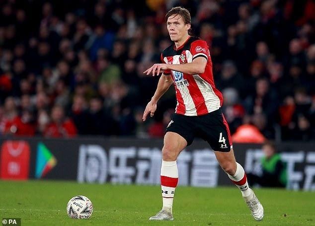 Jannik Vestergaard hiện nay đang chơi cho CLB Southampton