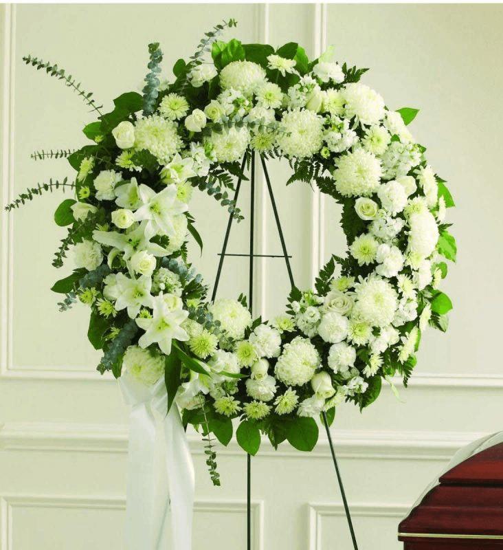 Vòng hoa đám tang là một sự lựa chọn đúng đắn để làm vật tiễn đưa.