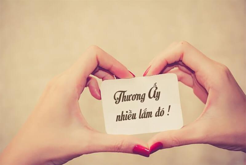 10 bài thơ hay nhất Việt Nam về tình yêu